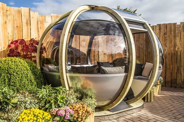 NEW 'Oval House'